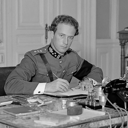 King Leopold III, Belgian head of state, who was partisan of the policy of neutrality Leopold III van Belgie (1934).jpg