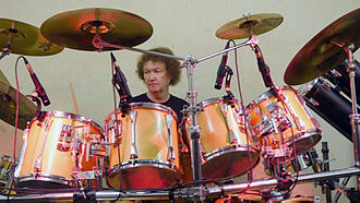 Les Binks - Les Binks with his full drum kit in 2016