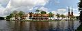 Les canaux de Lübeck (6091109180).jpg