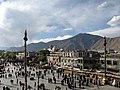 Lhasa near the Jokhang in 2006 - Lhasa desde el Jokhang.jpg