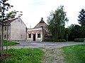 Libčice nad Vltavou, Vltavská 100, z ulice Pod Kostelem.jpg