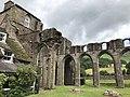 Llanthony Priory interior 08.jpg