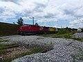 Locomotiva de comboio que saía sentido Boa Vista do pátio da Estação Engenheiro Acrísio em Mairinque - Variante Boa Vista-Guaianã km 167 - panoramio.jpg