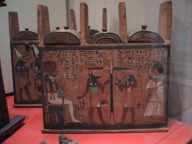http://upload.wikimedia.org/wikipedia/commons/thumb/1/15/Louvres-antiquites-egyptiennes-img_2875.jpg/800px-Louvres-antiquites-egyptiennes-img_2875.jpg