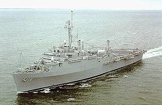 USS <i>Shreveport</i> (LPD-12) Austin-class amphibious transport dock