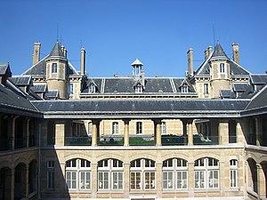 Joseph Auguste Émile Vaudremer - Central court of the Lycée Buffon in Paris