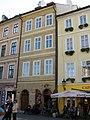 Měšťanský dům U černé kočky, U zlatého řetězu (Staré Město), Praha 1, Mikulášská 4, Staré Město.JPG