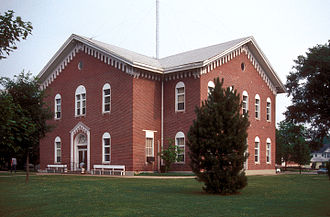 Macon County, Missouri - Image: MACON COUNTY COURTHOUSE AND ANNEX