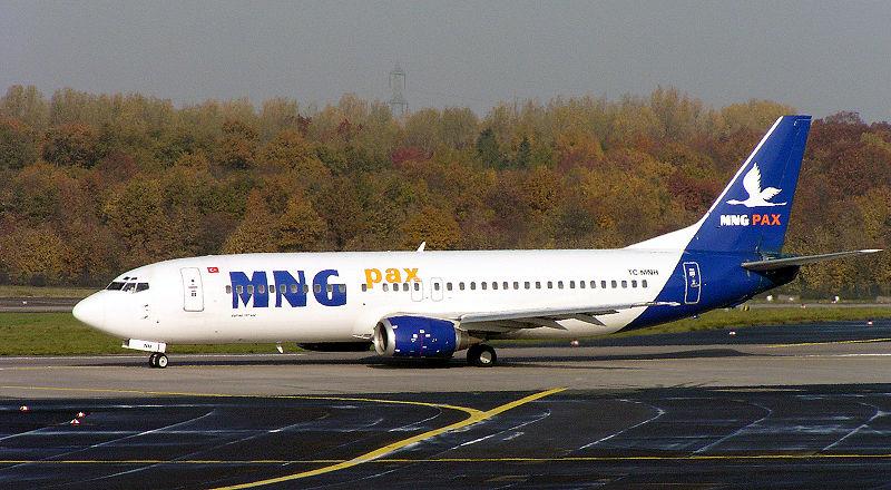 800px-MNG_Boeing_737-400_TC-MNH.jpg
