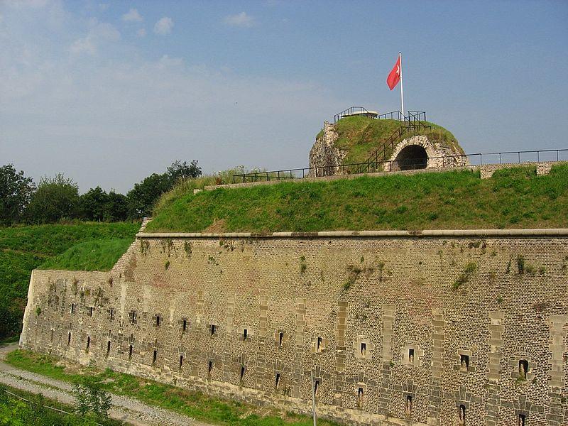 File:Maastricht 2008 Fortress Sint Pieter 01.jpg
