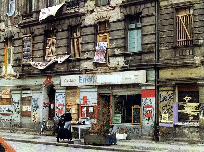 Datei:Mainzer Straße-4-Juni1990.jpg