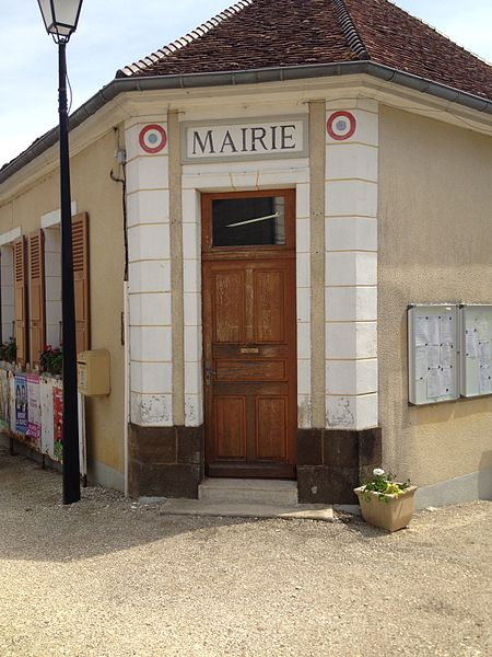 Mairie de Sainte-Colombe-sur-Loing.