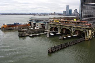 South Ferry (Manhattan) - View of the slips of the ferry buildings in South Ferry (December 2014)