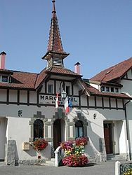 The town hall in Margencel