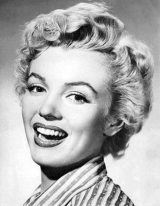 Breakfast at Tiffany's (novella) - Marilyn Monroe (1952)