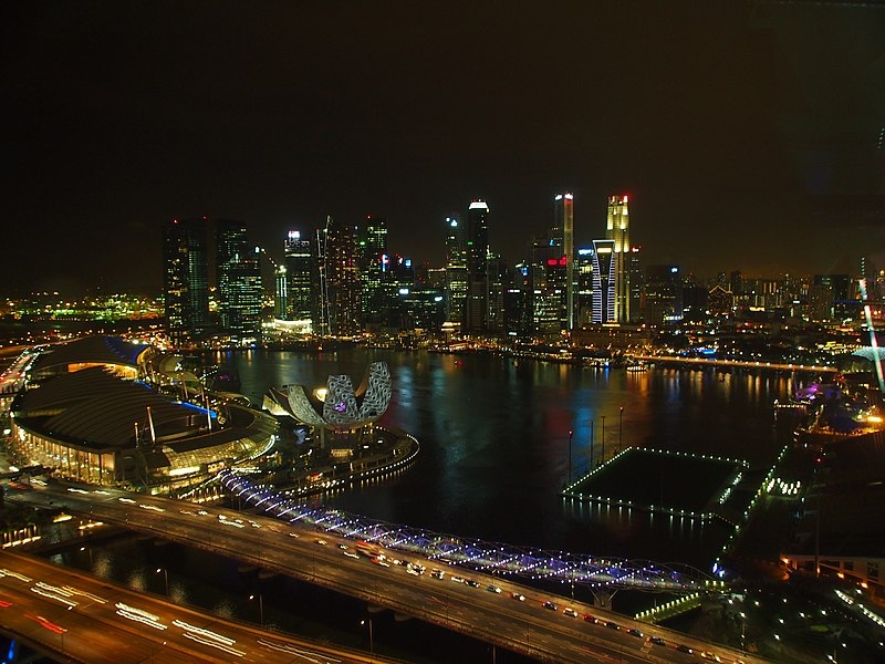 File:Marina Bay, Singapore, by night - 20120311.jpg