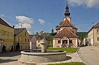 Marktbrunnen am Marktplatz in Klam.jpg