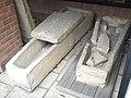 MedievalStoneCoffinsBedfordMuseum.JPG
