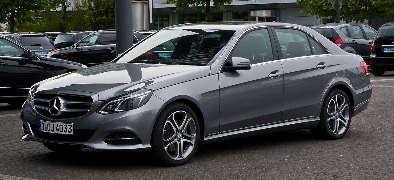 File:Mercedes-Benz E 200 CDI Avantgarde (W 212, Facelift ...