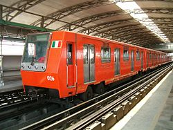 Metro Mexico DF MP68 R93 01.jpg