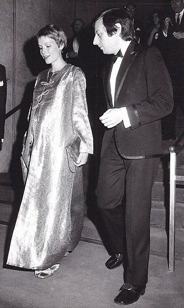 File:Mia Farrow and Andre Previn at Juilliard (1969).jpg