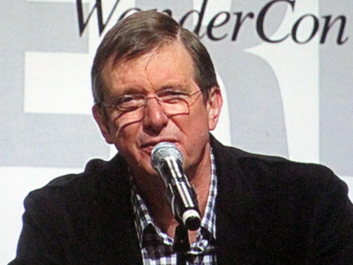 Mike Newell Director Wikipedia