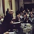 Minister-president Joop den Uyl aan het woord in de Tweede Kamer, Bestanddeelnr 254-9283.jpg