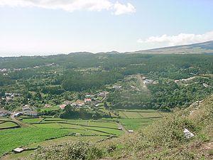 Terra Chã - A view of Terra Chã, as seen from the Miradouro das Veredas, with the flank of Serra da Santa Bárbara on the right