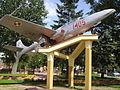 Mońki. Pomnik samolot 2.JPG
