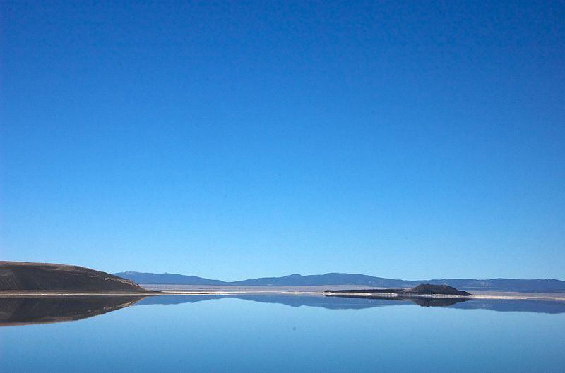 File:Mono Lake 06.jpg
