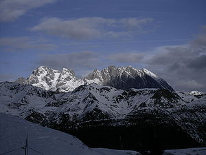 Coglians - Monte Coglians (first high peak from the left) seen from Mt. Zoncolan (south)