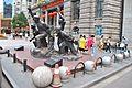 Monument in front of Hankou Custom House.jpg