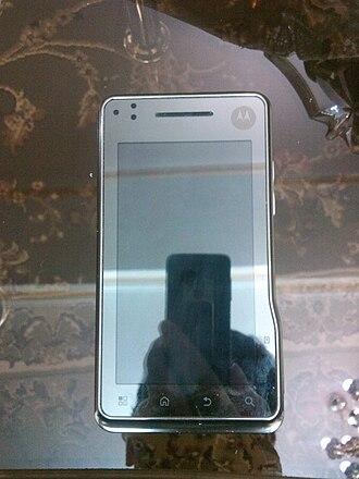 Motorola Milestone XT720 - Image: Motorola Milestone XT720 front