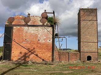 Stirling boiler - Brick enclosure of a Stirling boiler in Queensland, Australia, originally fired on sugarcane bagasse. Chimney is to the right.