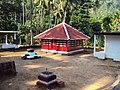 Mudakoyi - Muthappan temple.JPG