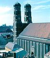 Munich - Frauenkirche from Rathaus (3260240505).jpg