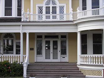 Murphy-Burroughs House 4.jpg