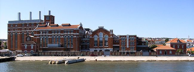 Tejo Power Station, the current Electricity Museum – seen from the Tagus River.