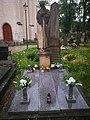 Náhrobek F. J. Vosmíkových, hrob rudoarmějců, pomník zajatců 06.jpg