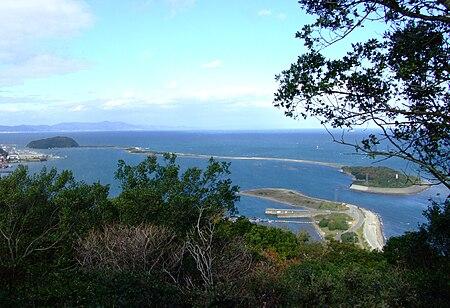 生石公園から見る成ヶ島。