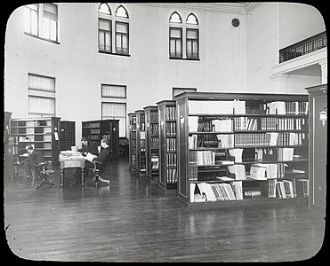 National Museum of Canada library, 1912