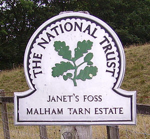 A National Trust property sign at Gordale