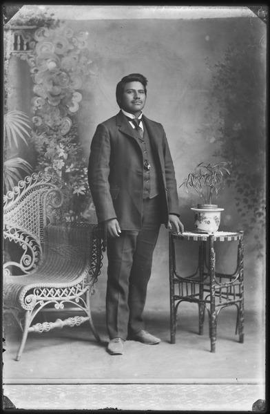 File:Native Americans from Southeastern Idaho - NARA - 519305.tif