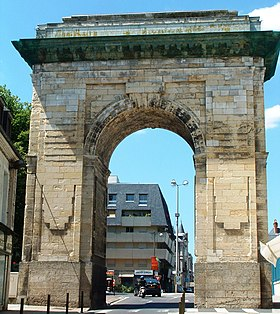 La porte de Paris à Nevers