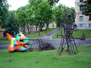 Niki de Saint Phalle - Parts of Le Paradis Fantastique (1967-1971), an early collaboration of Saint Phalle and Jean Tinguely