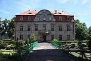 Niwnice Pałac Elewacja ogrodowa 03.JPG
