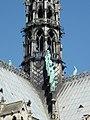 Notre Dame Paris estatuas tejado.jpg