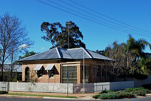 Oaklands, New South Wales - Image: Oaklands Post Office 1
