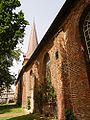 Otterndorf Kirche Suedseite 02 (RaBoe).jpg