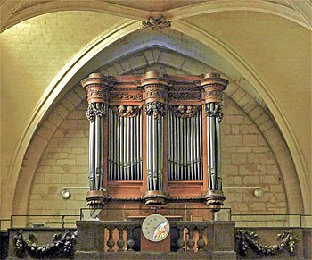 P1270374 Paris XVIII eglise St-Pierre orgue rwk.jpg
